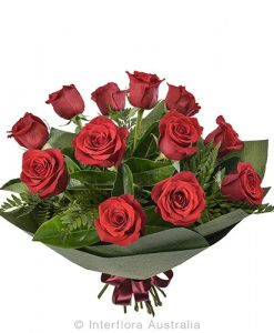 762 Bouquet of 12 Long Stemmed red Roses