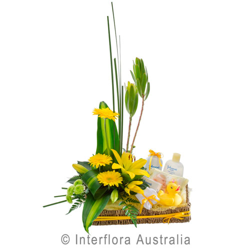 307-Flower-Basket-with-Bath-Time-Baby-Goods