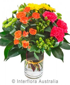 372-Bright-Grouped-Bouquet-in-a-Glass-Vase